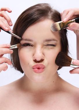 Foto af Mette Bundgaard - Styling Art of Style and Makeup - Model ukendt